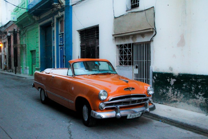 Ronald Affee Old cars in Cuba